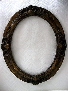 ANTIQUE OVAL WOOD GESSO 11x13 VICTORIAN PICTURE FRAME GOLD GILT SHABBY FINISH