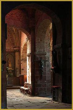 l'église Saint-Pierre de Collonges-la-Rouge. Limousin