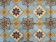 azulejos portugueses Handmade tiles can be colour coordinated and customized re. shape, texture, pattern, etc. by ceramic design studios