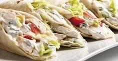 Wraps crémeux allégés au poulet et fromage blanc Wrap Recipes, Diet Recipes, Cooking Recipes, Healthy Recipes, Chicken Recipes, Sandwiches For Lunch, Wrap Sandwiches, Masterchef, I Foods
