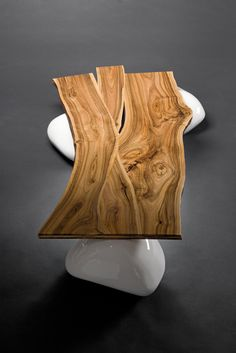 Coffee table on stones