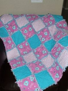 Green Apple Orchard: Easiest Quilt Ever! The Rag Quilt Tutorial ( well put together quilt tutorial)
