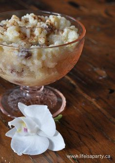 Rice pudding 2 cups skim milk -divided 1/4 cup sugar 2 tbsp. water 1 1/3 cups instant white rice 2 eggs 1/4 cup raisins 1 teaspoon vanilla pinch of cinnamon 3 teaspoons butter Makes 6 servings -5 Weight Watchers Points Plus per serving