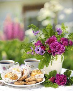 Torbjorn Skogedal - flower_bouquet_1106048819l.JPG