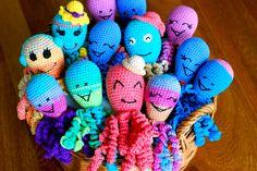 #fundacjamalychserc #osmiorniczkidlawczesniakow #crochet #octopus #szydelko #rekodzielo #pomoc #wolontariat #szpital #inkubator Preemie Crochet, Crochet Bebe, Free Crochet, Crochet Animals, Crochet Toys, Knit Crochet, Amigurumi Patterns, Crochet Patterns, Preemie Octopus