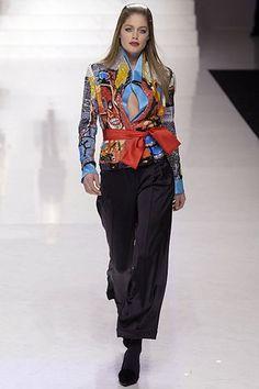 Valentino Fall 2006 Ready-to-Wear Fashion Show - Doutzen Kroes (Viva)