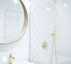 - zdjęcie od TO DO. bathroom | scandinavian | gold | mirror | minimalism | inspiration | modern