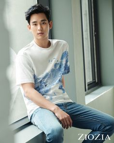 Kim Soo-Hyun looks INCREDIBLE in the latest shots featuring ZioZia's 2017 S& Collection. Korean Men, Asian Men, Asian Guys, Asian Actors, Korean Actors, Hyun Soo, Kim Soo Hyun 2017, My Love From The Star, Sung Kyung