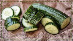 Ogórki to nie tylko świetny składnik sałatek, ale i kosmetyczny niezbędnik…