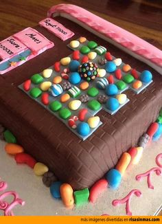 Tarta Candy Crush. i play that game and i know what would happen if i got a hold of that                   GAME OVER!!!! XD