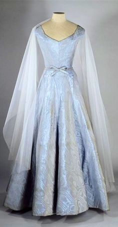 Chanel - 1955 - Gabrielle 'Coco' Chanel - Blue silk ottoman moiré dress - Gemeentemuseum Den Haag