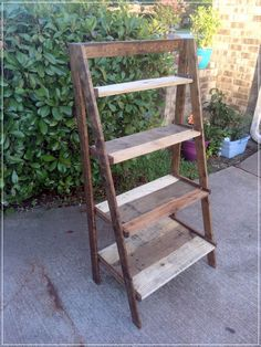 Diy wood ladder ana white 61 Ideas for 2019 Wooden Pallet Projects, Pallet Crafts, Diy Pallet Furniture, Furniture Projects, Diy Projects, Woodworking Projects, Skid Furniture, Pallet Ideas, Furniture Design