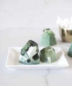 diy-soap-gemstones