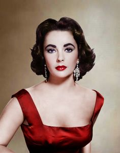 Elizabeth Taylor, 1950's film fashion.