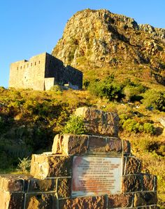 King's blockhouse on Devil's Peak Nordic Walking, Cape Town South Africa, Table Mountain, Wonderful Life, African History, Travel Agency, Homeland, The Great Outdoors, Sarcasm