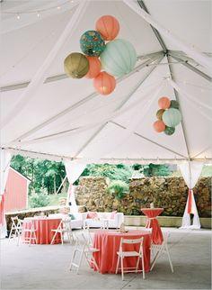 lounge area ideas #weddingrentals #southernwedding #weddingchicks  http://www.weddingchicks.com/2013/12/27/stately-southern-wedding/