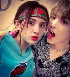 Apa jadinya kalo sepasang cowok sama cewek yg udah sahabatan dari jam… #ceritapendek # Cerita pendek # amreading # books # wattpad Nct, Jeon Somi, Korean People, Aesthetic Themes, My Crush, Anime Art Girl, Idol, Ship, Couples