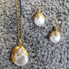 Lovely june babiess #junebirthstone #pearl #likabeharcollection