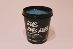 Tenéis la REVIEW del exfoliante corporal RUB RUB RUB de LUSH en mi blog! :)  ------------------  #review #reseña #opinion #lush #rubrubrub #vegan #govegan #vegancosmetics #crueltyfree #skincare #skin #care #cuidados #healthy #health #routine #blog #blogger #beauty #belleza #beautyblog #madrid