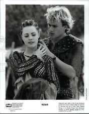 1997 Press Photo Heath Ledger and Melissa George star in Roar - cvp70256
