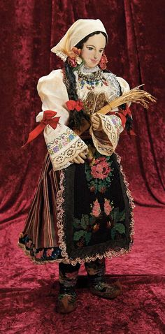 In the Company of the Gentleman Bespoken:                       25  Wonderful Cloth Doll with Elaborate Original Costume