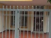 Se Arrienda Ksa Ceiba 2 Outdoor Structures, Room, Furniture, Home Decor, Large Homes, Hair Style, Bedroom, Decoration Home, Room Decor