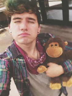 I love monkeys but in this picture I love something else ☺️☺️