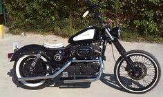 Se vende Harley-Davidson Sportster 883 2002. Precio 5000€