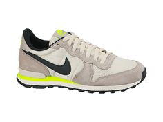 huge discount 87779 8808e Nike Internationalist Women s Shoe- I die. Gimme Gimme Gimme. Nike  Internationalist, Nike