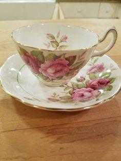 Vintage China Royal Dover Bone China Teacup And Saucer Tea Cup Set, Cup And Saucer Set, Tea Cup Saucer, Tea Sets, Bone China Tea Cups, Vintage Cups, Vintage China, Teapots And Cups, Porcelain Ceramics