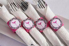 Bridal Shower décorations - ronds de serviette - argenterie encapsule - décorations de partie de Bachelorette - Martini thème rose chaud et ...