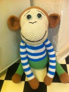 Garnkusserne | Lækre hækleopskrifter / DIY til dig, hjemmet og baby |: En sød hæklet abe - DIY-vejledning til tøj, øjne og butterfly