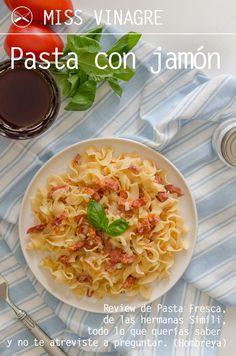 """Reseña del libro """"Pasta Fresca"""" de las hermanas Simili. Un libro para los amantes, queridos y allegados de la pasta, y una receta de pasta con jamón."""