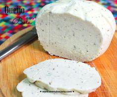 queijo bola de amendoas – 250 gramas de pasta de amêndoas (resíduo do leite de amêndoas);  – 1 xícara (chá) de leite de amêndoas;  – 1 colher (sopa) de ágar-ágar completamente refinado;  – 1 colher (sopa) de amido de milho;  – 1/3 xícara (chá) de azeite de oliva;  – 1 colher (sobremesa) de manjericão fresco picado;  – 1 colher (sobremesa) de salsa fresca picada;  – 1 colher (chá) de sal;  – suco de 1/2 limão.