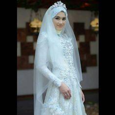 Cantik �� @ichasoebandono  #22Maret2014 #WeddingDress #Hijab #AlyssaSoebandono  #Aktris http://gelinshop.com/ipost/1524357759432074559/?code=BUnm05JjyU_
