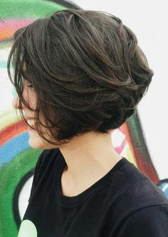 Ten Trendy Short Bob Haircuts for Female, Best Short Hair Styles bob hairstyles 2019 female - Bob Hairstyles Cute Bob Haircuts, Choppy Bob Hairstyles, Bob Haircuts For Women, Cool Short Hairstyles, Trendy Haircuts, Hairstyles 2018, Pretty Hairstyles, Fashionable Haircuts, Latest Haircuts