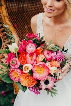 Orange And Pink Wedding, Orange Wedding Flowers, Spring Wedding Flowers, Floral Wedding, Bright Color Wedding, Colourful Wedding Flowers, Spring Weddings, Bright Flowers, Boho Wedding