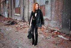Najwięcej czasu spędzam na śląskich blogach, a także na tych prowadzonych przez znajomych. W związku z tym, że piszę o modzie, tę kategorię bacznie też śledzę. Jak wiecie blogów jest mnóstwo i na pewno sami nie raz się zastanawiacie... #blogjestemkasia #blogmodowy #blogiomodzie