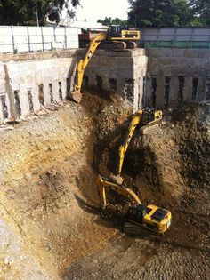 Caption this photo!  #HeavyEquipment #Excavators