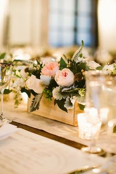#blush anything leaves us swooning and this delightful #centerpiece from #dmeventsny is no different. #weddingphotography by Elizabeth + Rich Photography Xoxo @weddingchicks #wctakeover #flowers