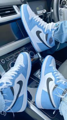 Dr Shoes, Cute Nike Shoes, Swag Shoes, Cute Nikes, Cute Sneakers, Nike Air Shoes, Hype Shoes, Sneakers Nike, Trainers Adidas