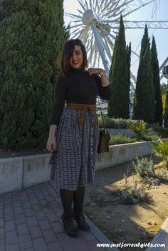 #BuenosDias bellezas! Ya tenéis en el blog nuevo post, hoy hablamos sobre las #faldasmidi y os doy algunos tips para lucirlas favoreciendo nuestra figura, no te lo pierdas!  http://www.justforrealgirls.com/2015/11/outfit-faldas-midi-y-sus-tips-de-estilo.html  ¡Qué tengáis un gran lunes!   #tdsmoda #justforrealgirls #fashionblogger #bloggerlife #bloggerssevilla #ootd #outfitoftoday
