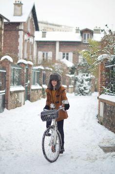 A cozy bike ride.