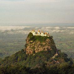 Monasterio Taungkalat, Birmania