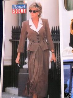 August 30 1995 Diana leaving the Hale Clinic