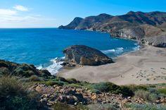 ANDALUCÍA. 15 PLAYAS DE ENSUEÑO ▸ http://www.revistaviajeros.es/revistaviajeros/de/andalucia-15-playas-de-ensueno.asp?cod=3457&nombre=3457&prt=1