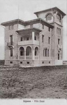 Villa Zuzzi, Lignano Sabbiadoro 1910. Art Nouveau, Villa, Seaside, Sweet Home, Places To Visit, Mansions, History, Architecture, House Styles