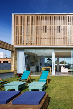 Image 12 of 20 from gallery of / Hola Arquitetura. Photograph by Marcelo Donadussi Rio Grande Do Sul, Residential Architecture, Outdoor Furniture, Outdoor Decor, Sun Lounger, Photo And Video, Gallery, Videos, Photograph