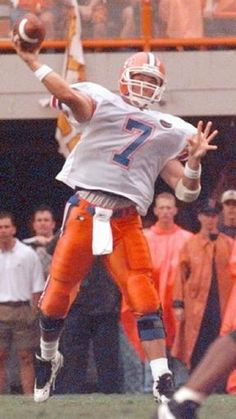 Danny Wuerffel Florida Gators Basketball, Gator Football, College Football, Heisman Trophy, Football Pictures, Bait, Sports, Hs Sports, Soccer Pics