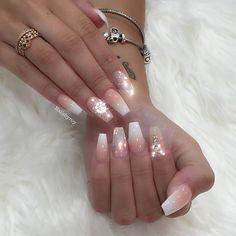 Fresh set for New Years  using Swarovski , glass from @oceannailsupply  Ombré from @sugarandcream  #nails #nailsonpoint #nailsdesign #notpolish #nailedit #allpowder #nailsonfleek #nails2inspire #nailpromagazine